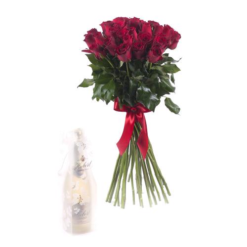 7b2451510 Z kytice Amore červené ruže Hubert Grand sa dnes bude tešiť Michaela -  Košice - Juh